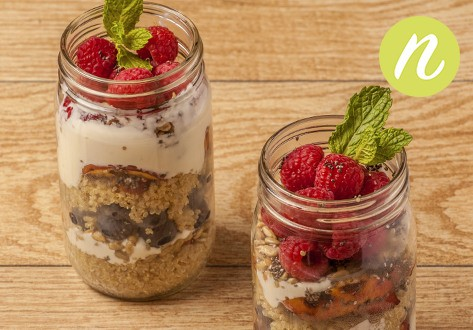 Grilled Peaches n' Quinoa Ball Jar Breakfast