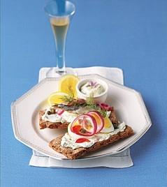Sardine & Egg Sandwiches with Lemon Caper Dill Sauce