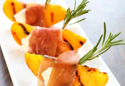 Peach & Prosciutto Bites