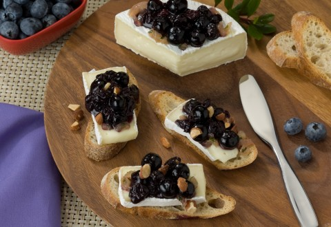 Fresh Blueberry Warm Compote and Brie Cheese Crostini