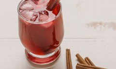 Cranberry Cinnamon Superfood Spritzer