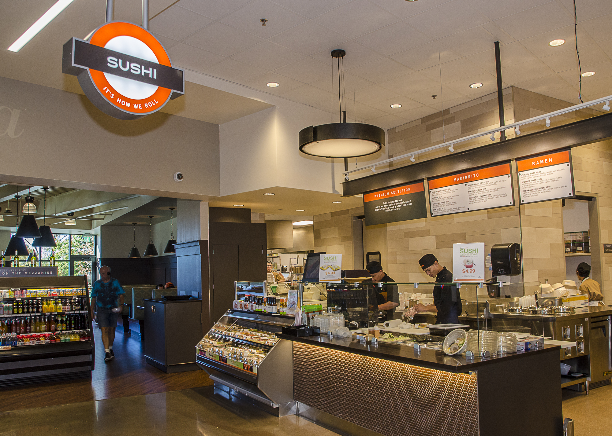 <p>In each of Lunds & Byerlys deli departments, customers will find hundreds of specialty cheeses to choose from in addition to chef-prepared meals, side dishes and gourmet deli salads.</p>