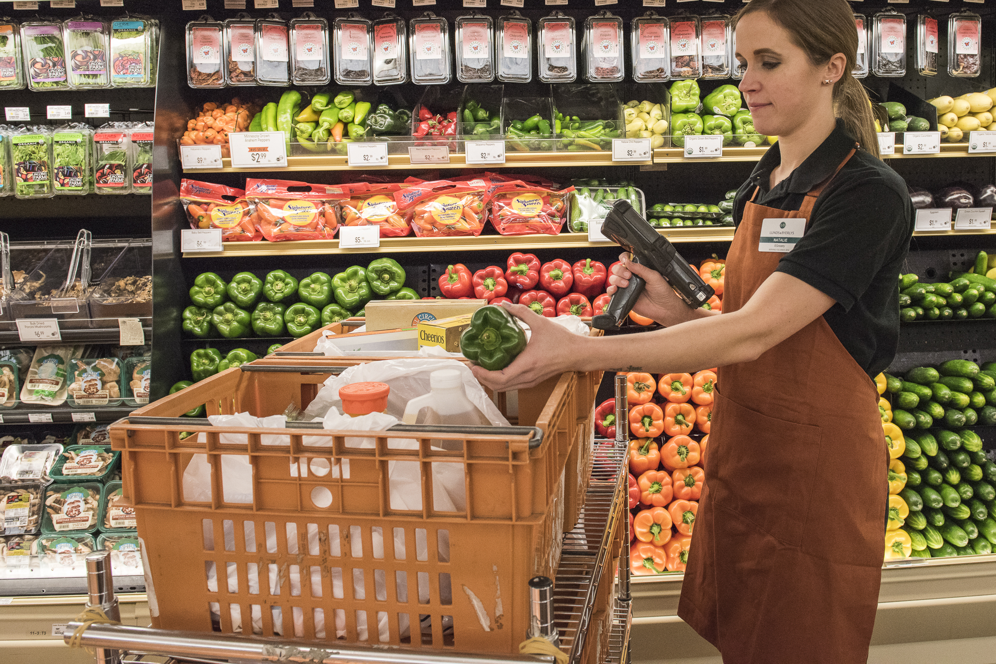 <p>Customers can choose to pick up their online grocery order at all Lunds & Byerly stores. During the scheduled delivery time, customers simply drive to the designated parking spot or through the parcel pickup lane and the online shoppers will bring out their order.</p>