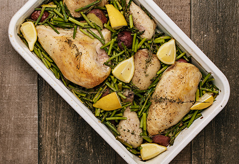 One Pan Roast Chicken with Potatoes, Asparagus and Lemon