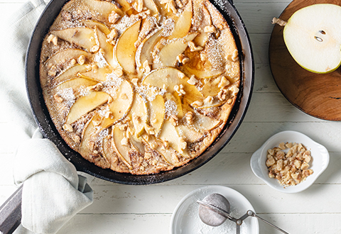 Oven-Baked Pear Pancake