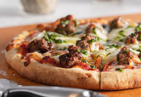 5-Step DIY Traditional Pizza
